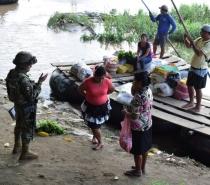 México detém quase 800 imigrantes sem documentos em quatro caminhões