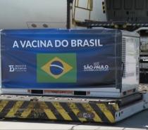 Mais 2 milhões de doses da vacina CoronaVac chegam a São Paulo