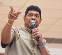 Pastor Valdemiro é condenado a pagar R$ 35 mil ao governador da BA após acusá-lo de fazer pacto com capeta