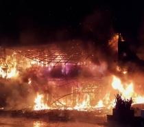 Incêndio em prédio deixa mais de 80 mortos e feridos em Taiwan