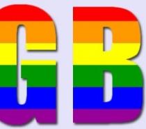 Polícia investiga morte de homossexual com 17 facadas no Complexo da Maré, Rio