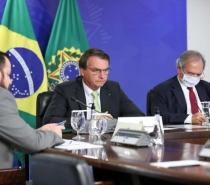 Bolsonaro critica benefício emergencial próprio dos estados