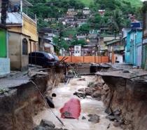 RJ registra quatro mortes durante temporal