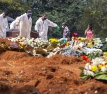 SP tem recorde de sepultamentos e pode ter enterros noturnos