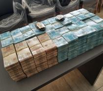 Justiça decreta prisão preventiva de ex-deputado do Ceará flagrado com R$ 2 milhões
